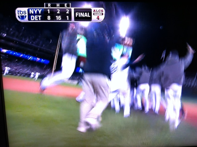 Tigers celebrate winning the 2012 AL Pennant