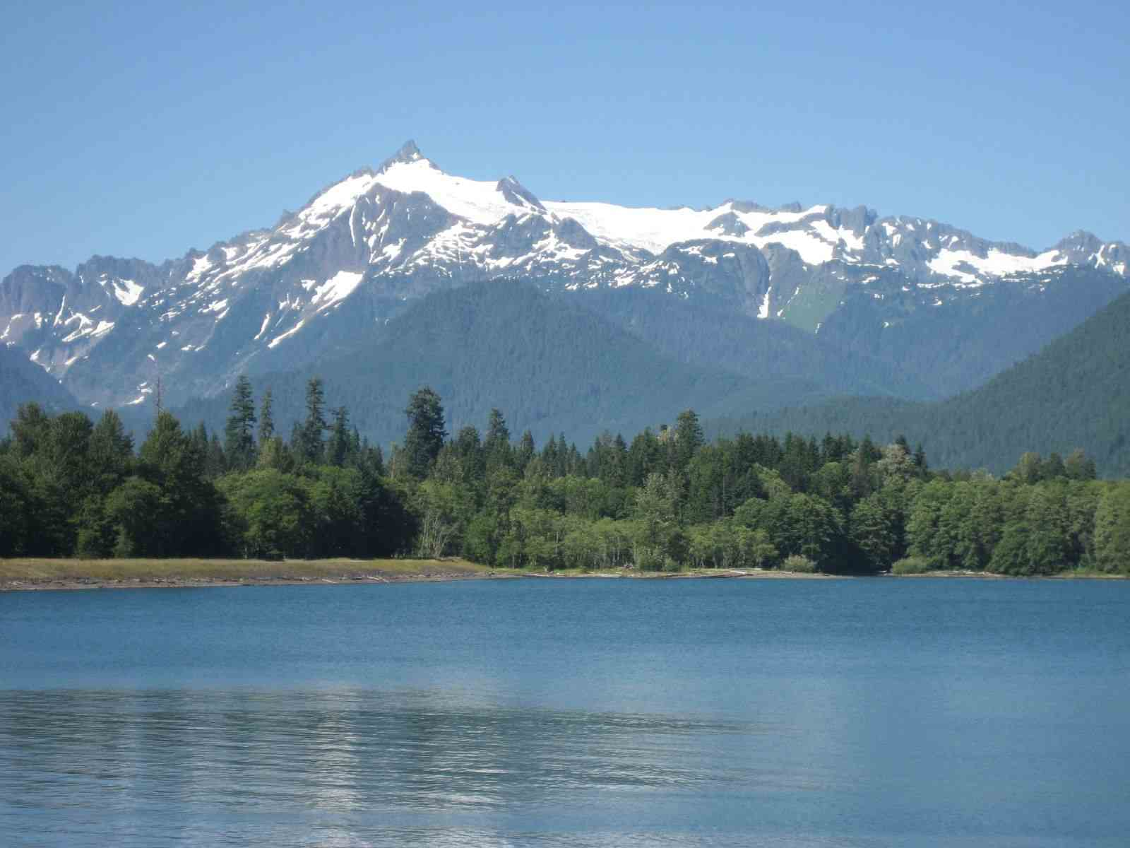 Baker Lake in western Washington