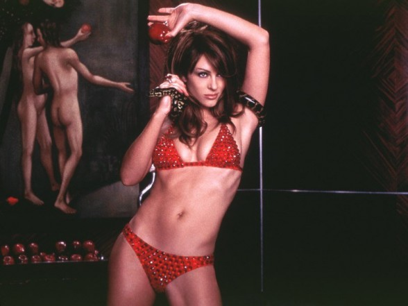 "Elizabeth Hurley as the Devil in ""Bedazzled"" (2000)"