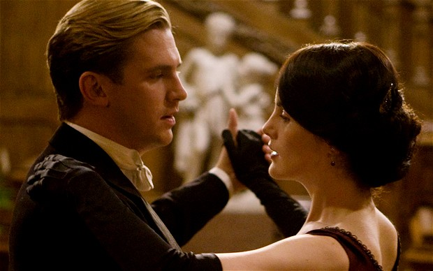 "Matthew Crawley and Lady Mary in BBC's ""Downton Abbey"""