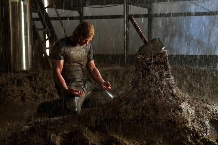 "Thor unable to lift his hammer in ""Thor"""