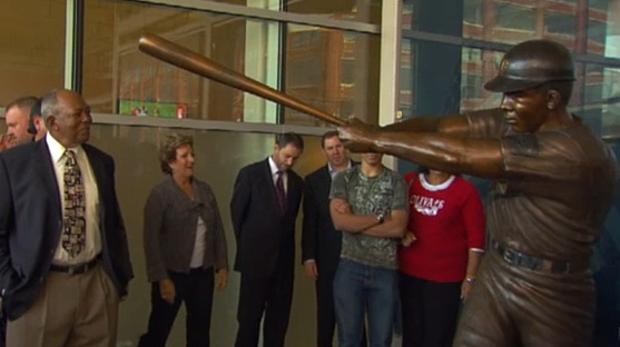 Statue of Tony Oliva being unveiled outside Gate 6 at Target Field in Minneapolis, Minnesota
