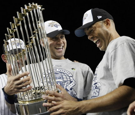 Jeter and Rivera with the Yankees 27th World Series trophy, 2009