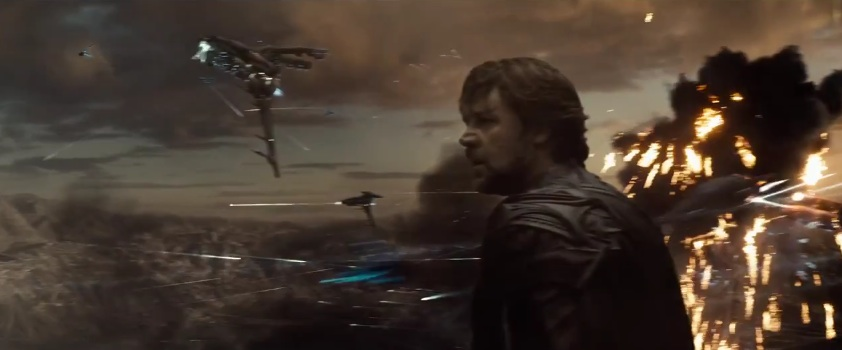 "Jor-El watches an attack on Krypton in ""Man of Steel"""