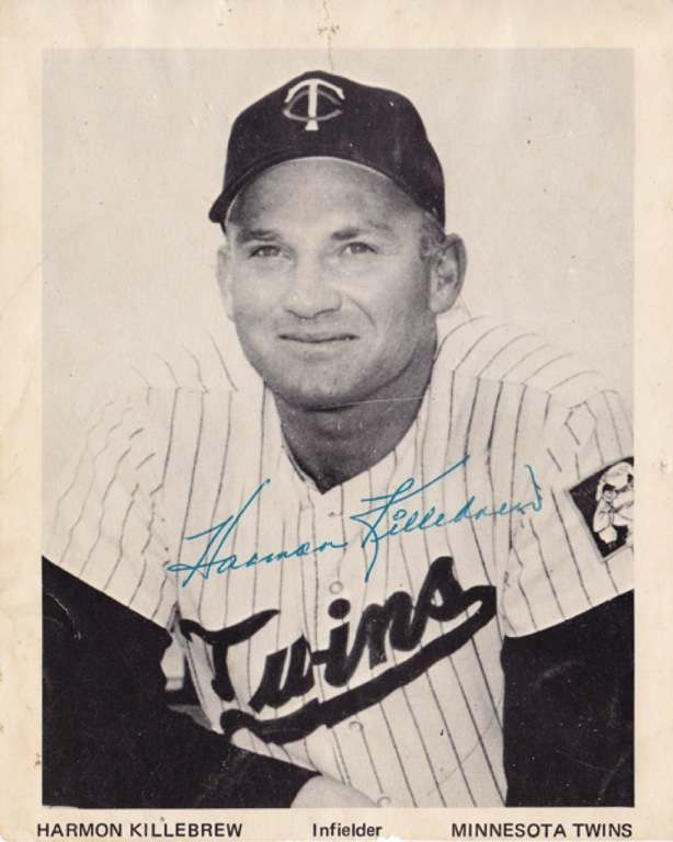 1971-era official Harmon Killebrew autographed picture